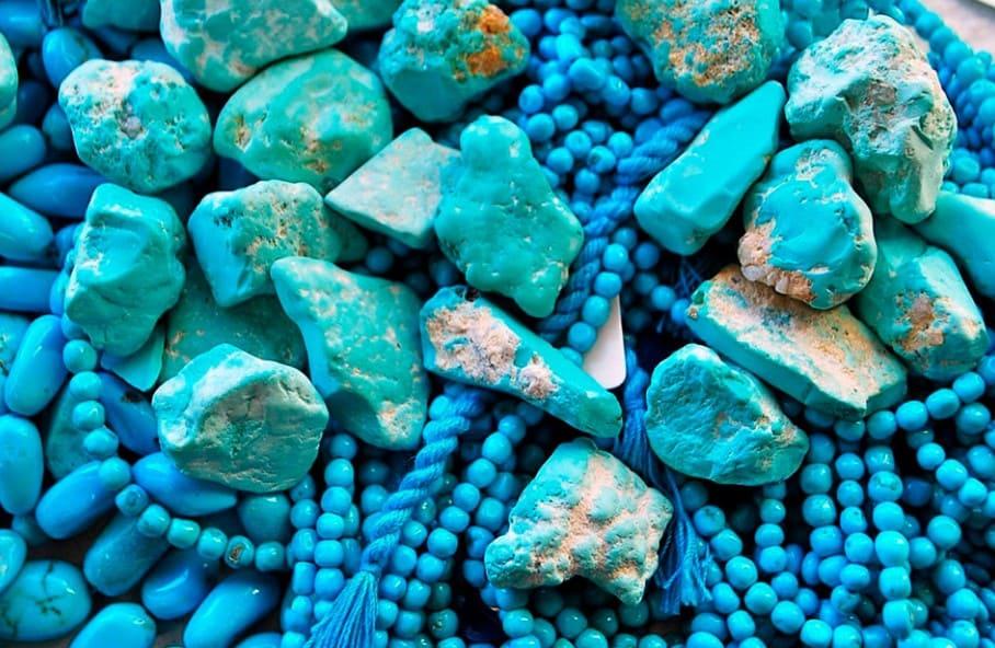 Бирюза камень: магические и лечебные свойства, кому можно носить украшения с бирюзой